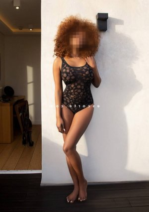 Eiline lovesita escorte girl