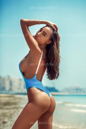 Ouarda massage escort