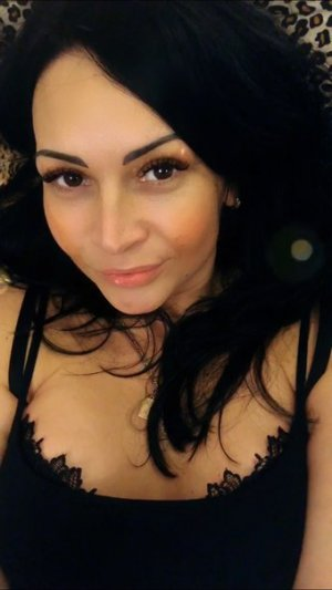 Georginette wannonce escorte girl