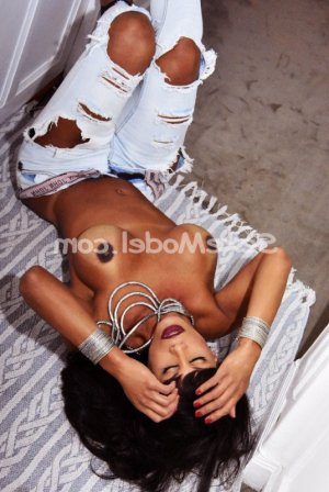 Alette escorte massage tantrique